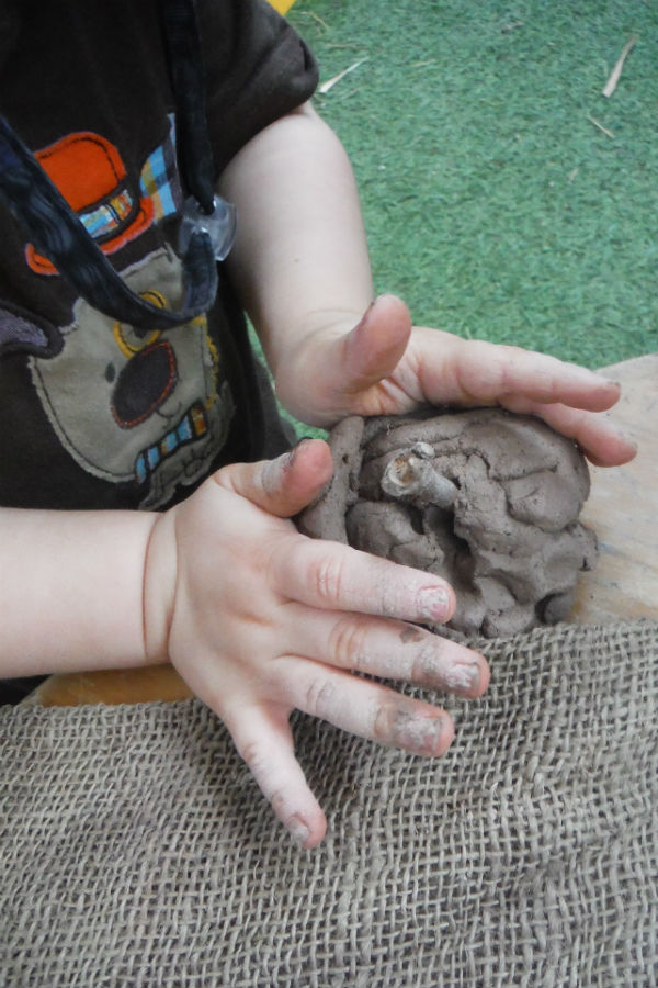 Toddler - Clay exploration