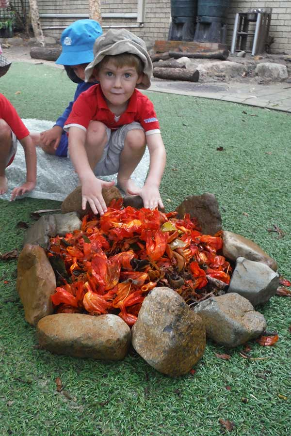 Kindy - Making fire from flowers